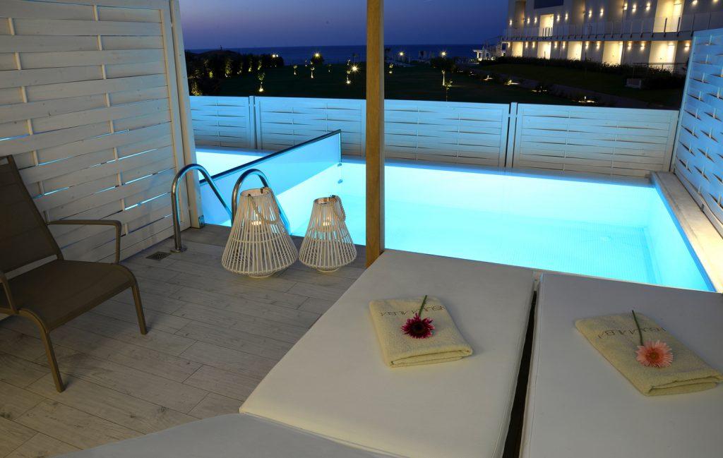 Honeymoon Classic Room With Private Pool Insula Alba