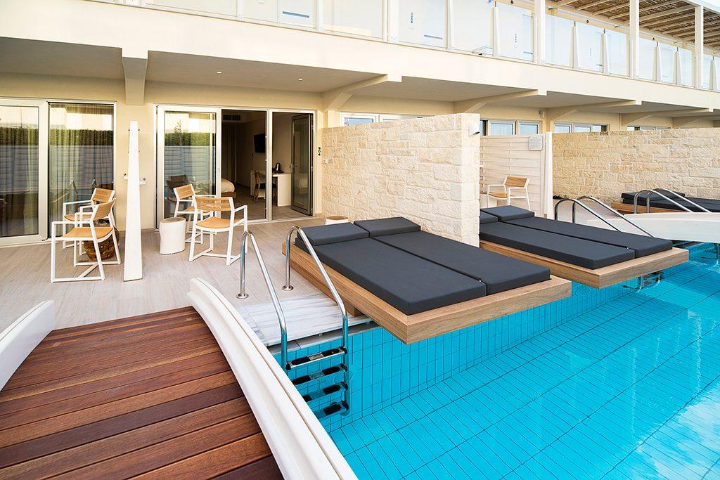 Κλασικό δωμάτιο swim-up