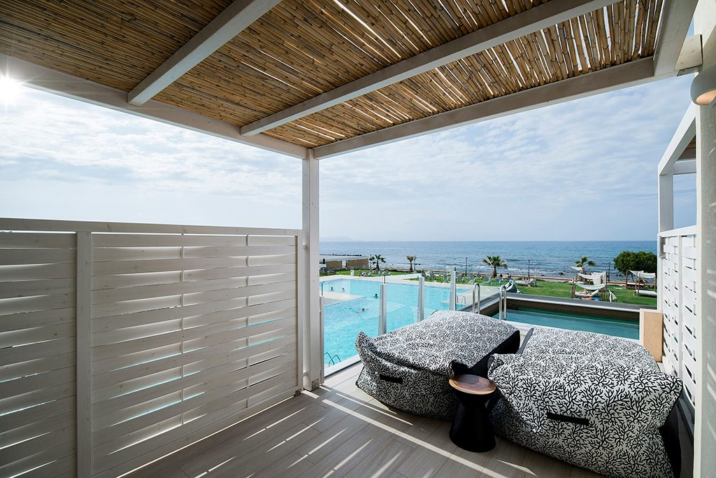 Suite Sea View with Sharing Pool
